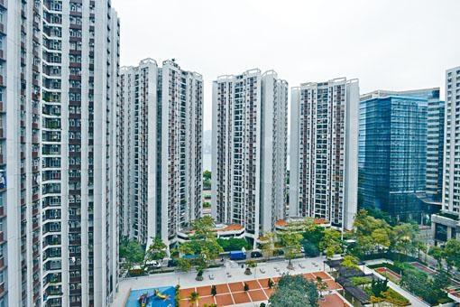 二手續錄交投,其中太古城以呎價20374元沽出3房戶,屬市價水平。