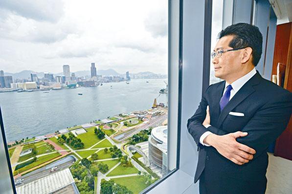 蘇錦樑表示,對香港旅遊業前景「完全樂觀」。
