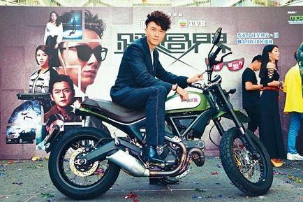 王浩信直言陳法拉不是他的前度。
