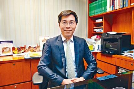 腸胃及肝臟科專科醫生姚志謙。