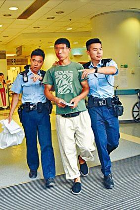 陪同死者送院的表哥工友被揭發亦為黑工,警員將其拘捕帶署。