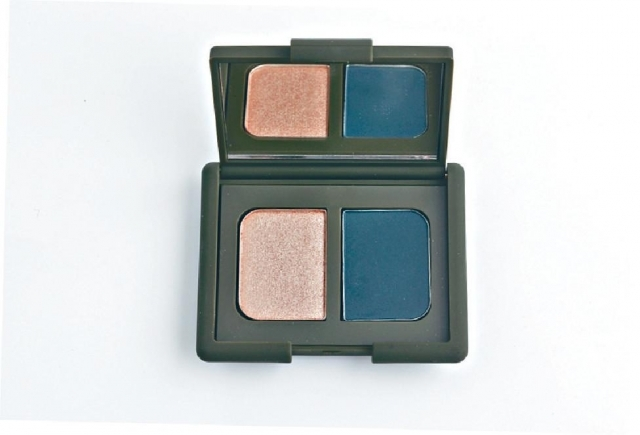■Nars Charlotte Gainsbourg  Duo Eyeshadow # Old Church Street $330