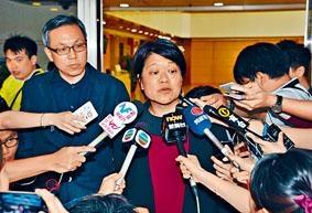 《壹週刊》總編輯黃麗裳昨直言,黎智英把集團轉型數碼失誤。