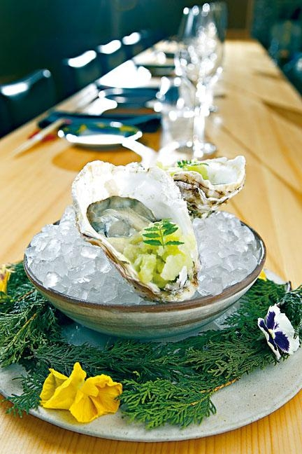 Japanese Oysters/Yuzu Kosho/AppleChef's Choice/$1,380/八道菜套餐