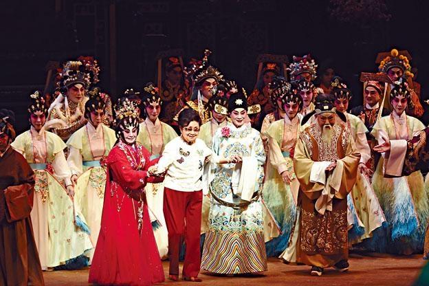 《蝶影紅梨記》是一台堪稱「精緻粵劇」的示範作。