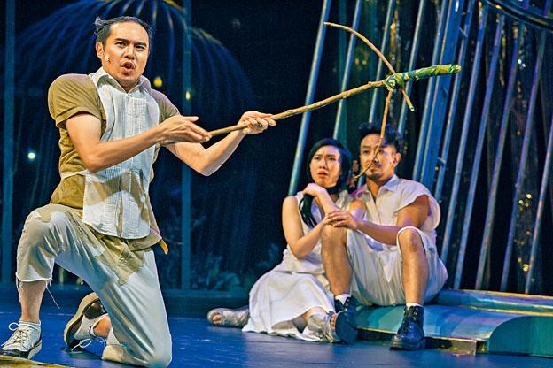 《仲夏夜之夢》2.0音樂劇以廣東話演唱,歌詞優美又琅琅上口。
