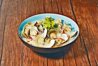 油鹽水卜卜蜆以漁民最常使用的烹調方法製作,鮮味十足。($78)