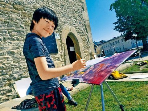 劉見之年紀輕輕屢獲國際獎項。