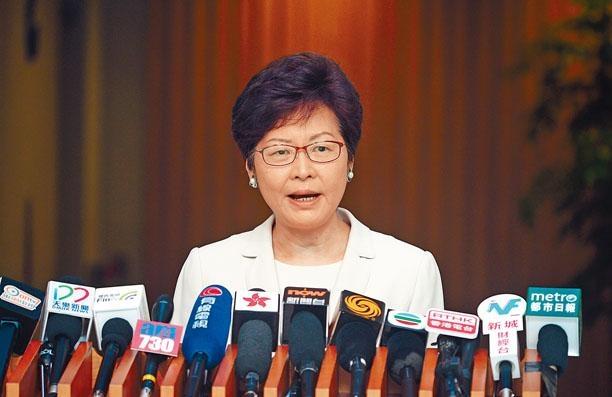林鄭月娥表示,校園出現「港獨」標語並非言論自由問題。