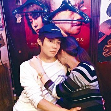 小出惠介今年爆出涉姦案,昨日被大阪警方送檢。