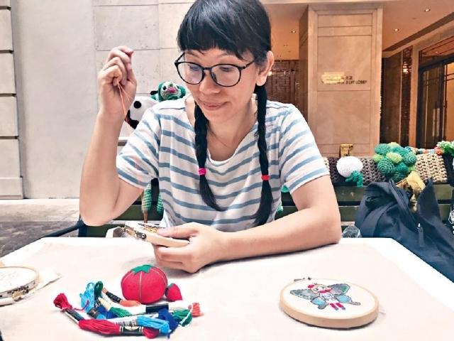 La Belle Epoque的手作人Billie會駐場教授各式可愛刺繡。