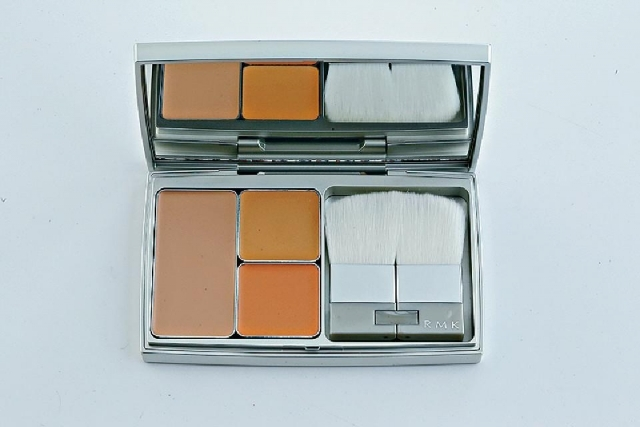 ■RMK 3D Finish Nude $525