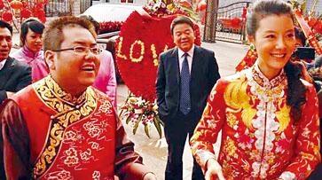 二〇一〇年,李兆會迎娶內地女星車曉。