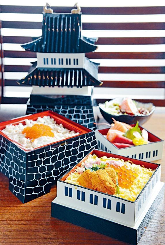 大阪城御膳,頂層是三款鮮味刺身、中層為以三文魚子、海膽及吞拿魚腩蓉組成三色丼,底層是松葉蟹肉蟹子丼,另附送沙律及湯,分量豐富。