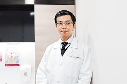 養和醫院急症科專科醫生游華漢。