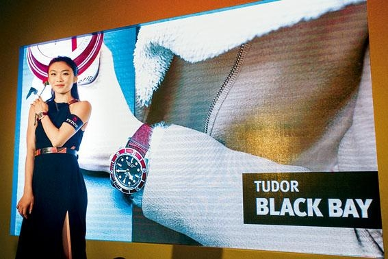 ■新一代體壇女神楊文蔚戴上Black Bay,展現熱愛運動的女性美。