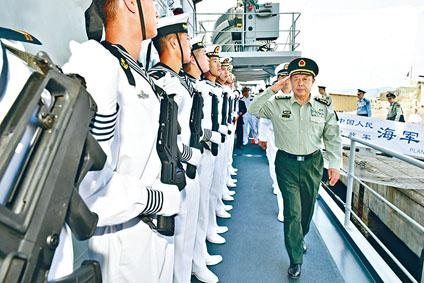 ■中央軍委副主席范長龍在軍隊中地位崇高。