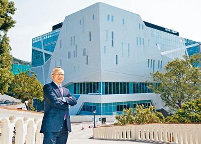 職訓局新任主席鍾志平昨與傳媒茶敍,參觀國藝廚藝學院新大樓。