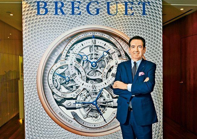 寶璣第七代傳人Emmanuel Breguet,通過親自撰寫書刊,細說家族鐘表特色,而且每次訪港,都不忘帶來博物館級藏品,公諸同好。