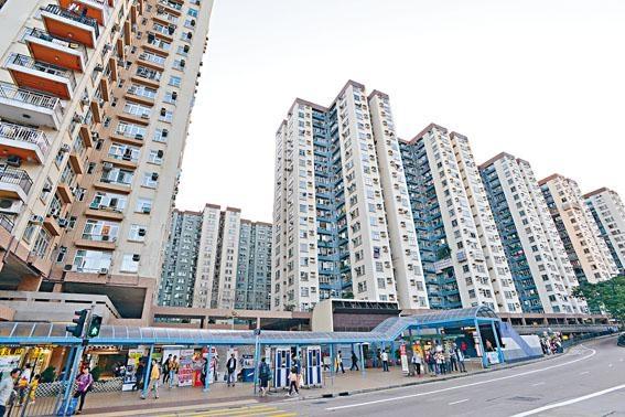 美孚新邨中層戶以每方呎15368元售出,創該屋苑呎價新高。