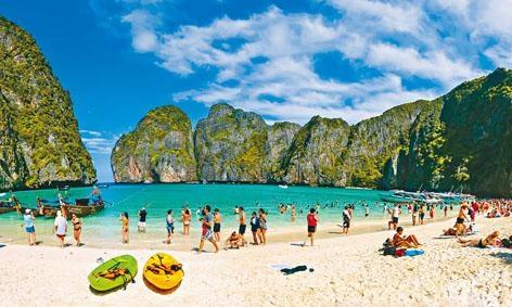 泰國旅遊勝地PP島的瑪雅灣。