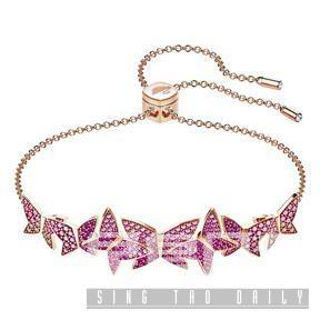 粉紅色水晶蝴蝶群手鏈。