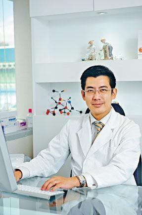 兒科專科醫生張傑。