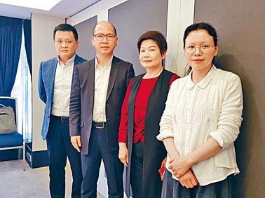 教聯會理事兼中學校長鄧飛 指,前綫中學擔憂《國歌法》推行帶來反效果。