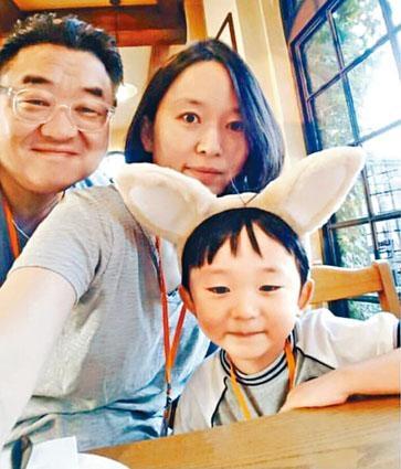 ■金敏鎬(譯音)一家三口來港旅遊,未料同客死異鄉,令人惋惜。