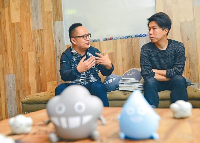 ■業務拓展總監黃崇堅(左)與插畫家陳林煒(右)合力打造 Dustykid,開拓海內外的市場。