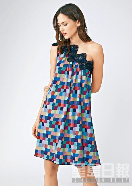■Emporio Armani彩色格紋圖案Single-shoulder連身裙/$7,800。