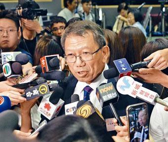 段崇智表示,內地科研資金過境,是為香港打下「強心針」。