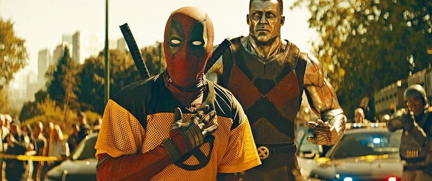 死侍曾試圖加入「變種特攻」做實習生,其後他另組X-Force。