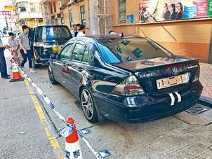 警方在旺角豉油街尋獲懷疑與案有關房車。