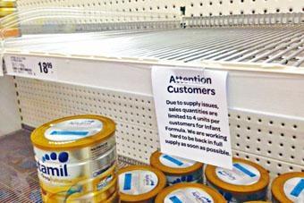 拜中國客需求所賜,澳洲超市奶粉常被搶購一空。