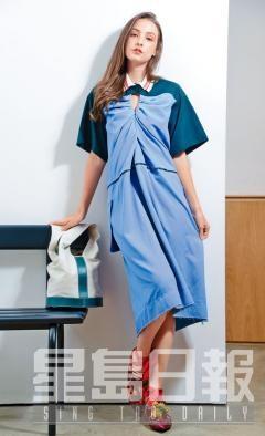 拼色Polo Shirt Dress、深紅色織皮綁帶平底鞋、綠色小牛皮拼布質水桶袋。