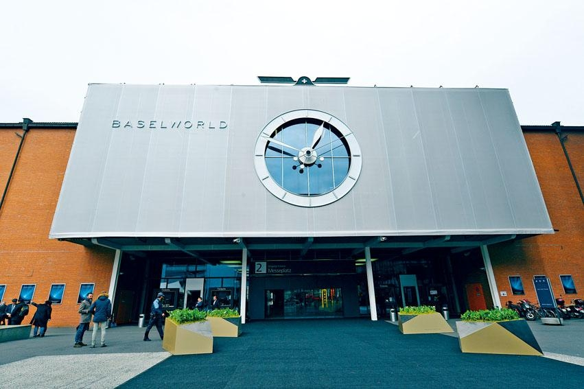 大會努力保存Baselworld場館和當地展覽文化,但今年的品牌參展費也是焦點。