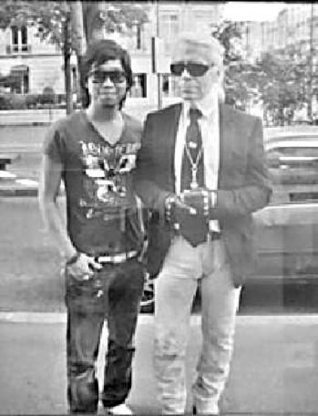 ■William跟殿堂級大師「老佛爺」合照。