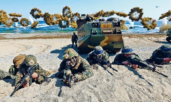美韓軍人前年在南韓舉行聯合軍演。