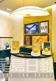 現場設有Ring Game,四個金光輝煌器皿蓋着四枚今年的新指環。