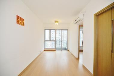 以820萬元放售 尚悅 3房1套間隔 米白牆身清新大廳
