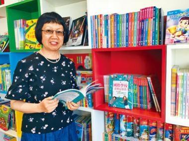 有十八年在國際學校任圖書館老師的經驗的譚麗霞,指國際學校很重視讓學生自主學習。