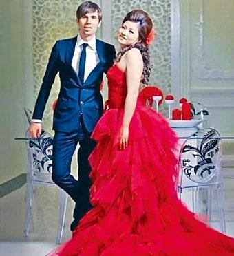 傅薇薇與辛普森的新婚照。