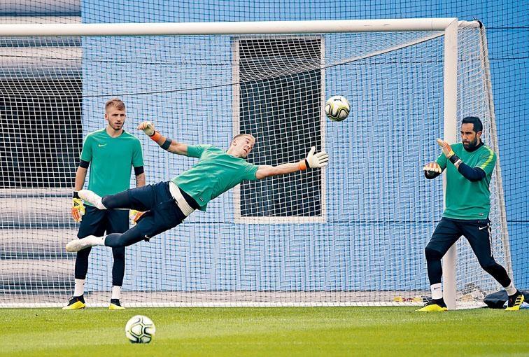 门将赫特下定决心离开曼城,希望藉国际冠军球会盃证明自己宝刀未老。