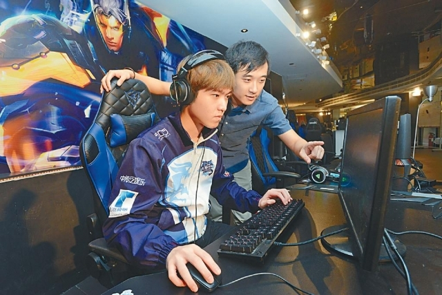 ■九龍電競隊領隊李祖傑(Joe)形容,電子競技是公平的競技性運動,有別於「打機」。