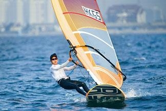 陈晞文于滑浪风帆RS:X女子组提前为港队锁定银牌。