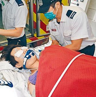 火警中吸入濃煙昏迷青年和胞妹留醫十三天拔喉離世。