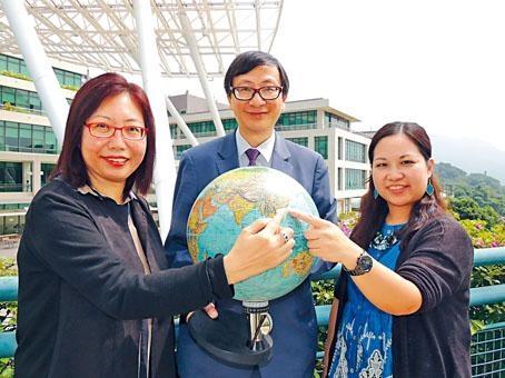 教大主辦下屆國際地理奧林匹克,李子建預算開支約五十萬元,將爭取外界贊助。旁為鄒倩賢及鄭雅儀。