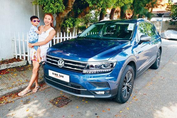 ●Lisa帶同長子晉晉,一同駕着最新款Tiguan Allspace7來到石澳遊車河。