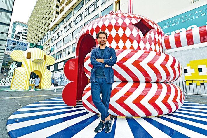 西班牙藝術家Jaime Hayon,是當今設計及藝術界炙手可熱的鬼才藝術家。